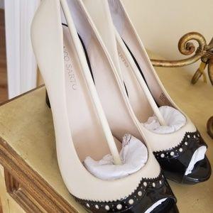 Franco Sarto shoes - never worn